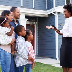 real estate agent talking with family